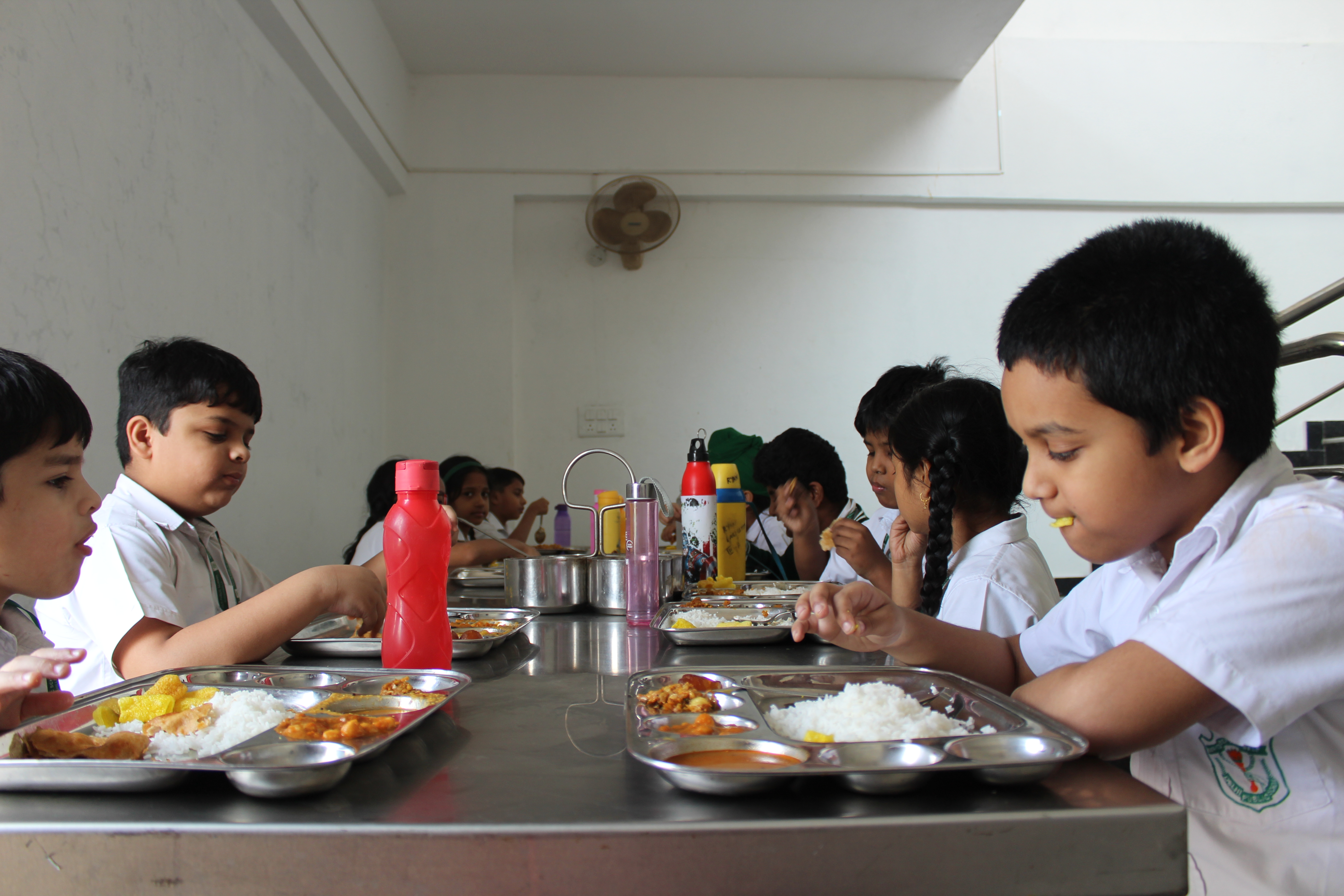 Students eating their lunch in mess