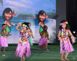Students Dance at Naipunya Event